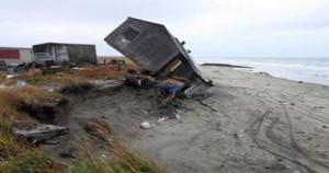 Si scioglie il permafrost e le case crollano – villaggio Inuit di Shishmaref